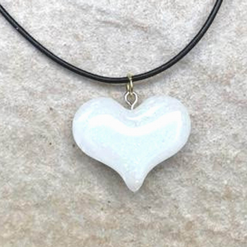 white Heart Resin Necklace